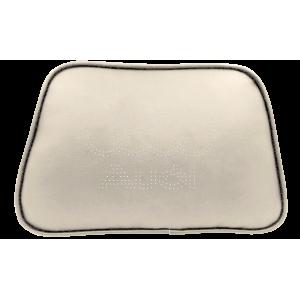 Автомобильная подушка Status CASE для авто Audi (белый)